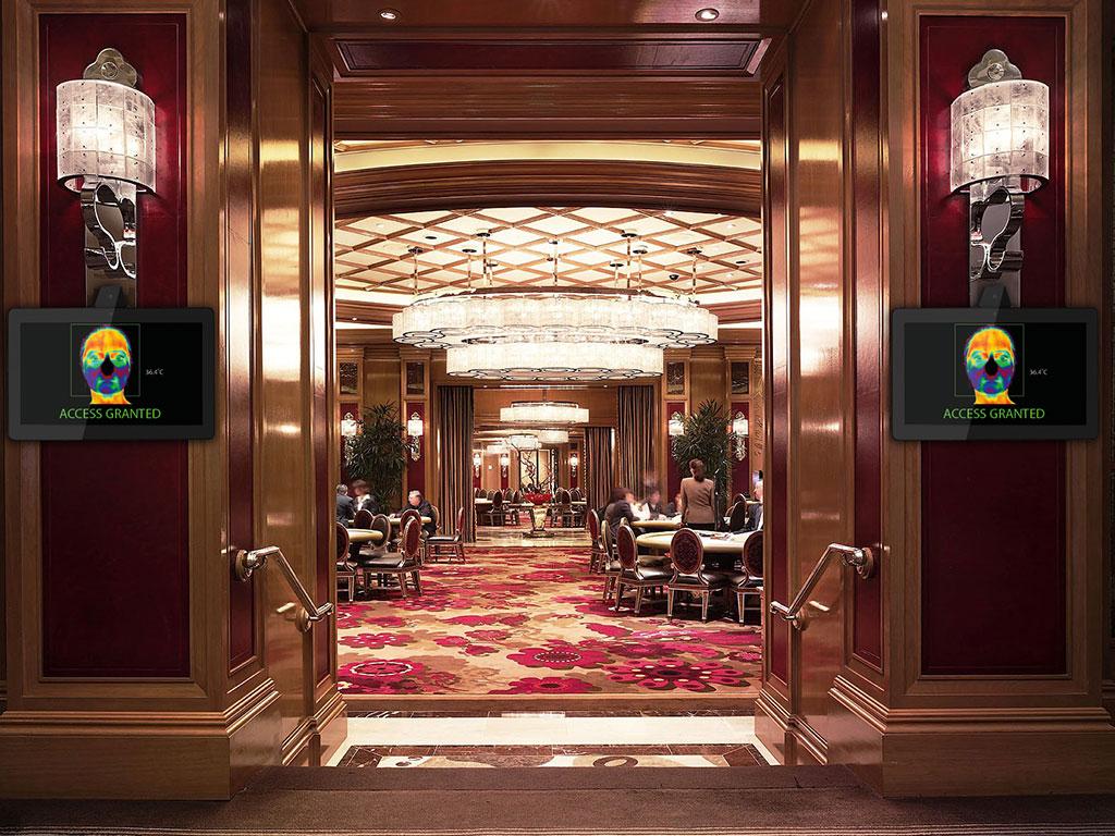 TAURI 22 TST at casino entrance
